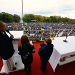 Akt zawierzenia Matce Bożej Królowej Polski przygotowany przez Publiczną Szkołę Podstawową im. Jana Pawła II w Sobieniach Jeziorach.